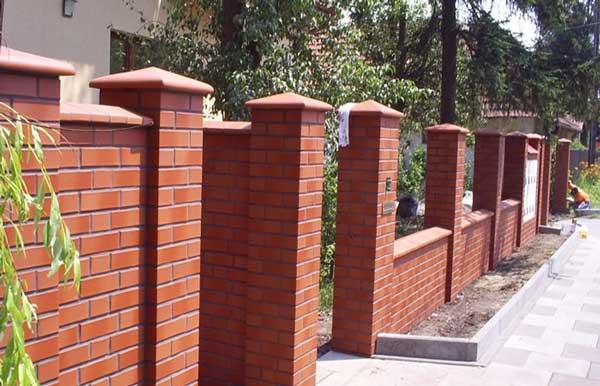 забор из керамического кирпича